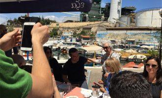 Χαλαρός ο Τσίπρας σε ταβερνάκι στο Κερατσίνι: Το «κλίμα έχει αναποδογυρίσει»
