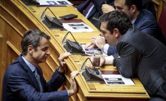 Δημοσκοπήσεις: Η άτυπη «ομηρεία» της ΝΔ – Το μεγάλο αδιέξοδο του Μητσοτάκη