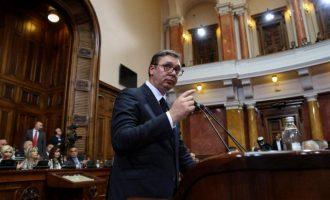 Ο Βούτσιτς υπέρ μιας συμβιβαστικής λύσης με το Κόσοβο αλλιώς «οι Αλβανοί θα επιτεθούν στους Σέρβους»