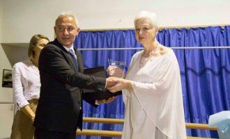 Οι Βορειοηπειρώτες της Κύπρου βράβευσαν την Ελένη Θεοχάρους για τους αγώνες της