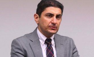 Μείωση του ΦΠΑ στα συμβόλαια των αθλητών και στα εισιτήρια προανήγγειλε ο Αυγενάκης