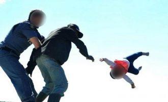 Πατέρας πέταξε την κόρη του από ταράτσα για να διαμαρτυρηθεί