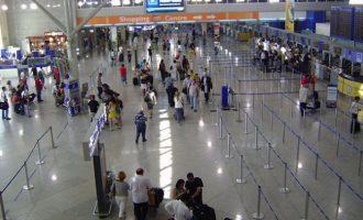 Χιλιάδες επιβάτες που δεν «πέταξαν» για τις εκλογές δικαιούνται αποζημίωση