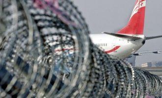 Οι ρωσικές αεροπορικές σταματούν τα δρομολόγια προς τη Γεωργία