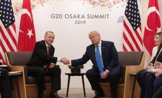 «FT» προς Ερντογάν: Μην πιστεύεις τον Τραμπ – Σου έρχεται κρίση μεγάλων διαστάσεων