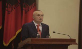 Αλβανία: Ο πρόεδρος Ιλίρ Μέτα επιμένει στην απόφασή του να ακυρώσει τις δημοτικές εκλογές