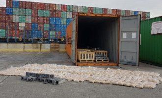 Βρέθηκαν εκατομμύρια χάπια για τζιχαντιστές σε κοντέινερ στο λιμάνι του Πειραιά