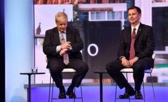 Tζέρεμι Χαντ και Μπόρις Τζόνσον διεκδικούν την πρωθυπουργία στη Βρετανία
