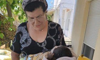 Μετανάστρια από το Καμερούν γέννησε στη βεράντα σπιτιού στη Κω