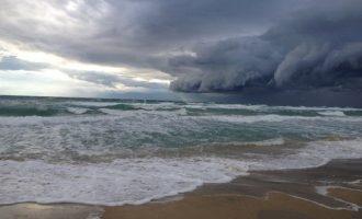 Καιρός: Βροχές, καταιγίδες και χαλάζι την Παρασκευή