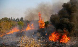Συναγερμός στην Πυροσβεστική από μεγάλη φωτιά στο Λαγονήσι
