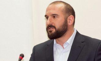 Τζανακόπουλος: Ο Χρυσοχοΐδης έχει αναλάβει να κάνει τη βρώμικη δουλειά του Μητσοτάκη