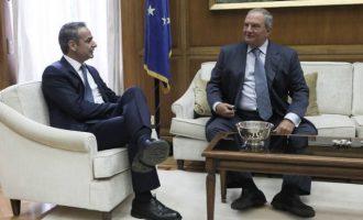 Ο Μητσοτάκης ευχαρίστησε τον Καραμανλή για τη στήριξή του στις εκλογές