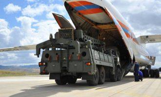 Η Ρωσία παρέδωσε στην Τουρκία 120 πυραύλους για το σύστημα S-400