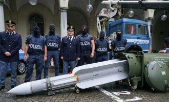 Ιταλοί ακροδεξιοί προσπαθούσαν να πουλήσουν πύραυλο αέρος-αέρος