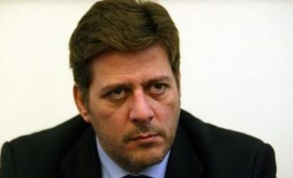 Βαρβιτσιώτης: Η Συμφωνία των Πρεσπών έχει ελαττώματα και δεσμεύει τη χώρα