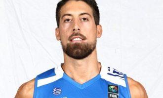 Νέο σοκ στην εθνική μπάσκετ: Ρήξη χιαστού ο Αθηναίου