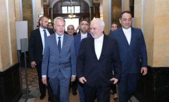 Ο Ζαρίφ απείλησε τις ΗΠΑ με «απρόβλεπτη» απάντηση του Ιράν