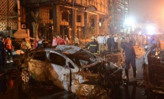 Το ελληνικό ΥΠΕΞ καταδίκασε την πολύνεκρη επίθεση αυτοκτονίας στην Αίγυπτο