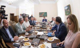 Συμβούλιο Πολιτικών Αρχηγών στην Κύπρο ενόψει της συνάντησης Αναστασιάδη-Ακιντζί την Παρασκευή