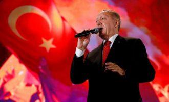 Νέο παραλήρημα Ερντογάν – Ο «εχθρικός κλοιός» και τα κοιτάσματα