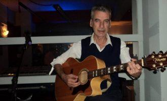 Πέθανε ο γνωστός  ηθοποιός και τραγουδιστής Γιάννης Γούτης