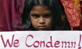 Φρίκη στην Ινδία: Βίασαν 3χρονη, την στραγγάλισαν και την αποκεφάλισαν