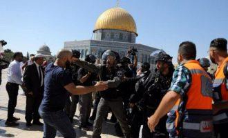 Συγκρούσεις στο Όρος του Ναού στην Ιερουσαλήμ μεταξύ ισραηλινής Αστυνομίας και μουσουλμάνων