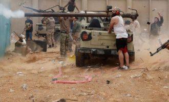 «Τούρκοι πράκτορες και στρατιωτικοί στηρίζουν την κυβέρνηση της Τρίπολης» στη Λιβύη