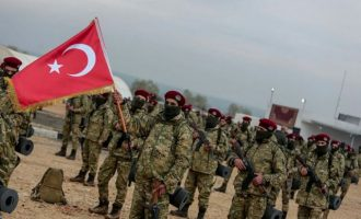Η Τουρκία έφτιαξε τον «Συριακό Εθνικό Στρατό» για να επιτεθεί στους Κούρδους