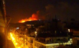 Πυρκαγιά ξέσπασε στις 3.18 στην Παιανία στους πρόποδες του Υμηττού