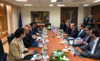 Πανευτυχής ο Άδωνις Γεωργιάδης μετά τη συνάντηση με τον Γουίλμπορ Ρος