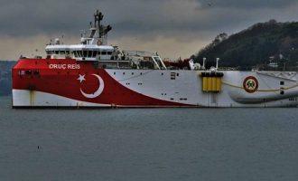 Τεντώνει το σχοινί η Τουρκία: Για έρευνες από Καστελόριζο μέχρι Κύπρο το Όρουτς Ρέις