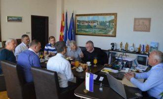 Οι Τούρκοι προσπαθούν να κρατηθούν στη Βόρεια Μακεδονία με «πολιτιστικές» ανταλλαγές, «χάνδρες και καθρεφτάκια»
