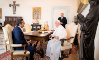 Τι συζήτησαν Τσίπρας και Πάπας στη συνάντησή τους στο Βατικανό