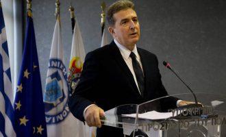 Ο Χρυσοχοΐδης «τα ρίχνει» στους αστυνομικούς γιατί δεν έχει καταπολεμηθεί η εγκληματικότητα