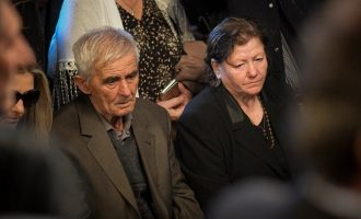 Οι Αλβανοί άσκησαν δίωξη κατά της μητέρας του Κωνσταντίνου Κατσίφα