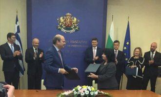 Μπήκαν υπογραφές για τον IGB: «Ενισχύεται η γεωστρατηγική σημασία της Ελλάδας»