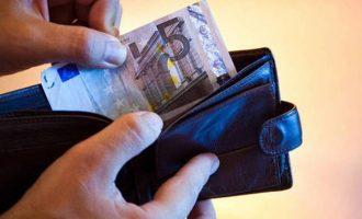 Κυβέρνηση: Συνταγματική κατοχύρωση για το Ελάχιστο Εγγυημένο Εισόδημα – ΣΥΡΙΖΑ: Θράσος τα 213 ευρώ