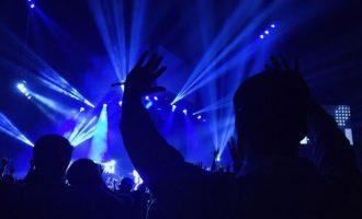 Νέα εποχή Παπαθεμελή: Τέλος η μουσική μετά τις 10 το βράδυ με τον νέο Ποινικό Κώδικα