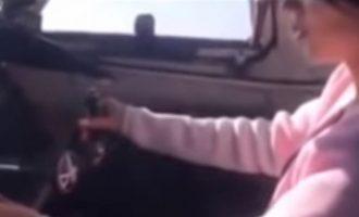Πιλότος έβαλε την κοπέλα του να οδηγήσει αεροπλάνο με επιβάτες