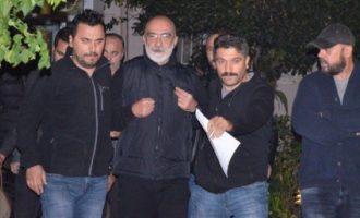 Μόνο λίγες ημέρες έμεινε «έξω» ο δημοσιογράφος Αχμέτ Αλτάν – Ο Ερντογάν τον «έχωσε» πάλι φυλακή