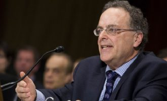Αμερικανός δικηγόρος καλεί τον Άρειο Πάγο να σταματήσει τον εκφοβισμό μαρτύρων της Novartis