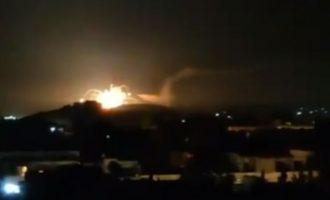 Το Ισραήλ ανατίναξε ολοσχερώς τις αποθήκες πυρομαχικών της συριακής αντιαεροπορικής άμυνας