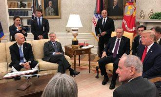 Ο Λίντσεϊ Γκράχαμ «μπλόκαρε» στη Γερουσία το ψήφισμα για τη Γενοκτονία των Αρμενίων