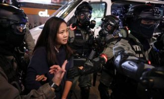 Το Χονγκ Κονγκ στα πρόθυρα πλήρους κατάρρευσης
