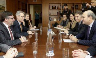 Τι είπε ο Κωστ. Χατζηδάκης στον Μάθιου Πάλμερ – Ενέργεια, πρότζεκτ και τουρκικές προκλήσεις