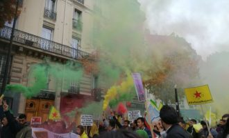 Οι Κούρδοι φώναζαν στο Παρίσι: «Μετά τον Μπαγκντάντι έρχεται η σειρά του Ερντογάν»