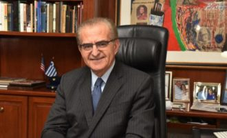 Fake αριστεία: Ο Διαματάρης παραδέχτηκε ότι δεν έχει πτυχίο – Την απομάκρυνση του ζητάει ο ΣΥΡΙΖΑ