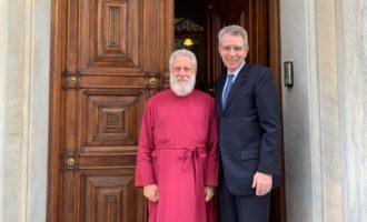 Ο Τζ. Πάιατ επαίνεσε τον Δωρόθεο Σύρου για την υποστήριξή του στη θρησκευτική ελευθερία